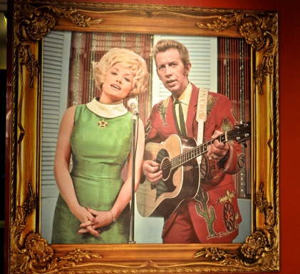 Photo of Dolly Parton and Porter Wagoner