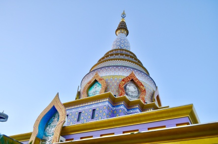 The colourful roof of the Crystal Pagoda